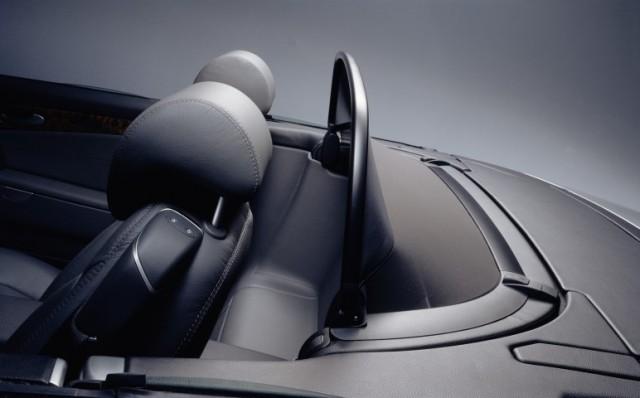 Vetrna zaščita se je pričela uporabljati z modelom SL (R129)