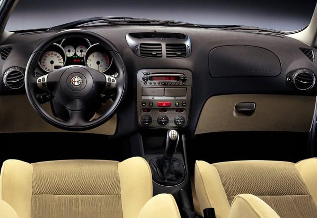 Alfa Romeo 147, pregled napak, težav, okvar in vpoklicev