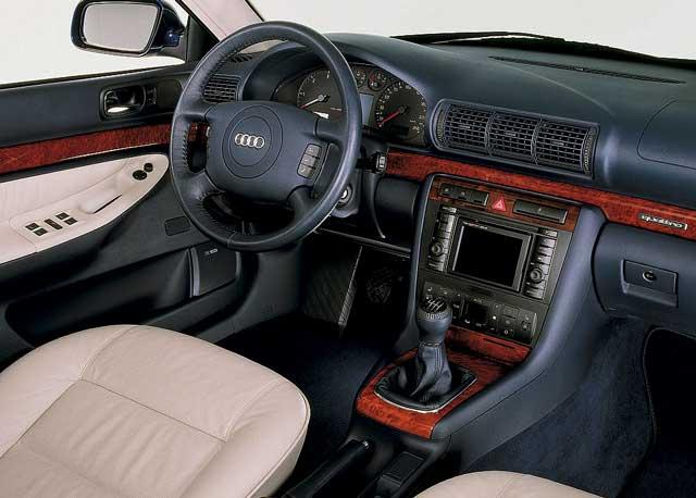 Audi A4, pregled napak, težav, okvar, vpoklicev, problemov