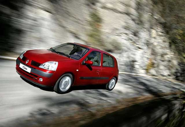 Renault Clio napake, težave, okvare, vpoklici