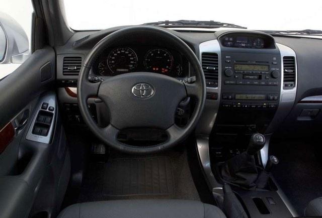 Toyota Land Cruiser rabljen napake težave okvare vpoklici