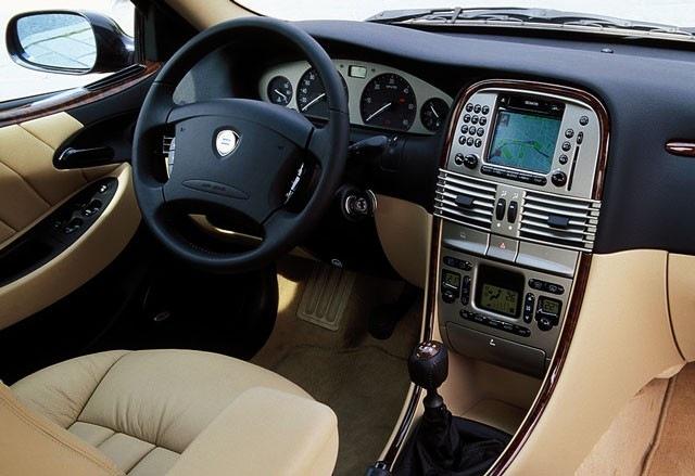 Lancia Lybra - rabljen napake težave okvare vpoklici