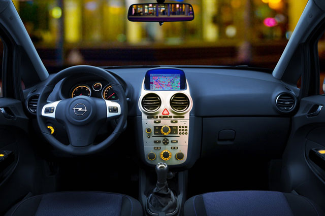 Opel Corsa, pregled napak, težav, vpoklicev