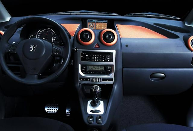 Peugeot 1007 pregled napak, težav, okvar in vpoklicev