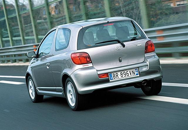 Toyota Yaris, pregled napak, težav, okvar, problemov in vpoklicev