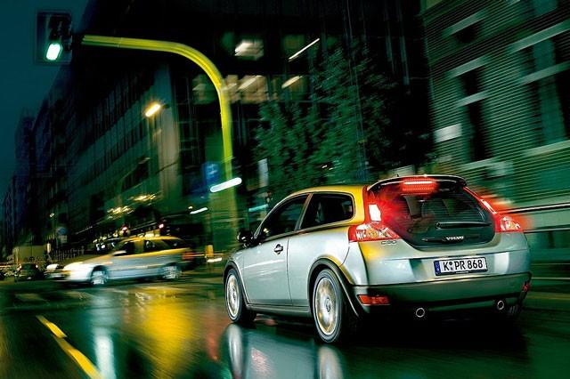 Volvo C30 - pregled napak, težav, okvar in vpoklicev